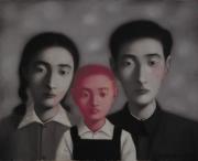 中国現代アートの寵児、本邦初の個展 「張曉剛(ジャン・シャオガン)展」