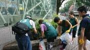 「ゴミのポイ捨てカッコ悪いぜ!」  清掃通じ日本独自の文化を世界へ