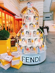 フェンディとアニヴェルセルカフェが表参道でコラボ「フェンディカフェ」期間限定でオープン!